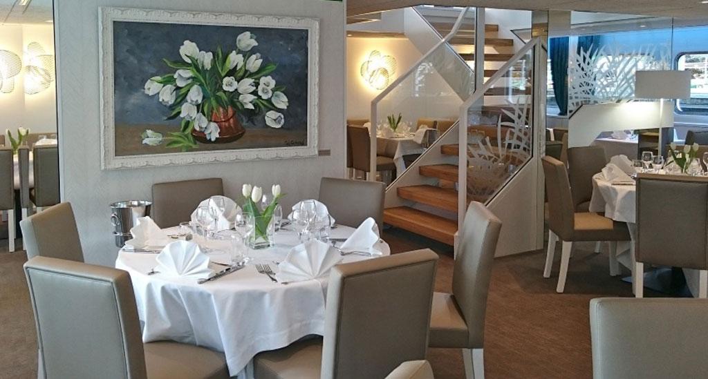 Restaurant aan boord van MS Gil Eanes