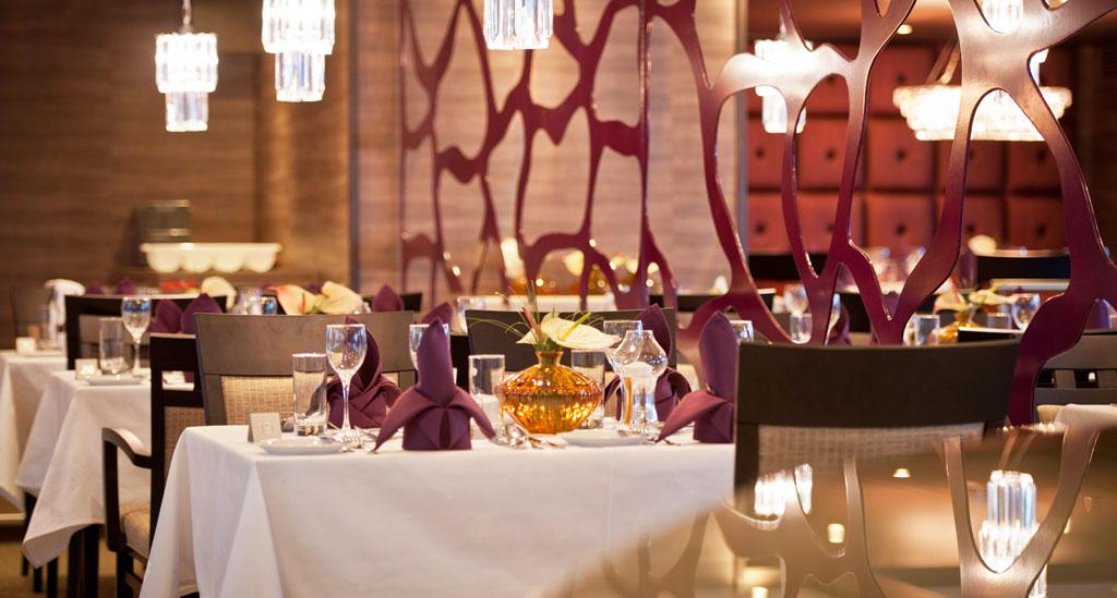 Restaurant aan boord van HS Amadeus Silver II*****